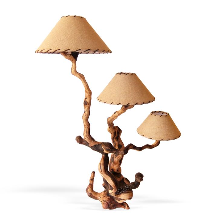 L mpara de mesa r stica ls 303 12 tronkasa for Lamparas de mesa de madera